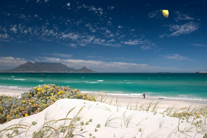 Kitesurfaren från Leaby lär ut kitesurfing i Sydafrika