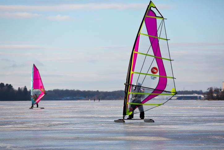 Att ägna sig åt kitesurfing på heltid